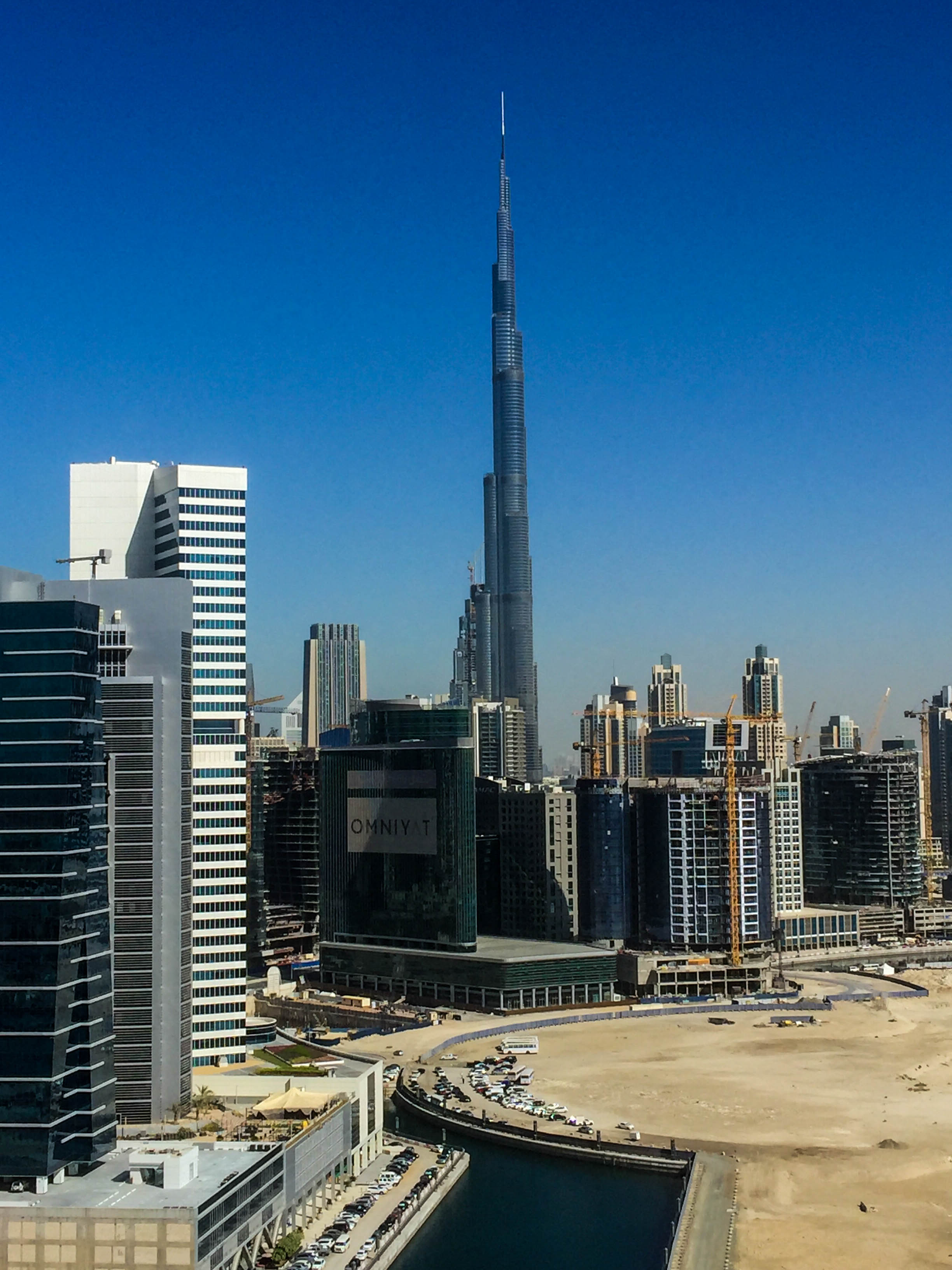 2015-12-13 Burj Khalifa from Churchill Tower