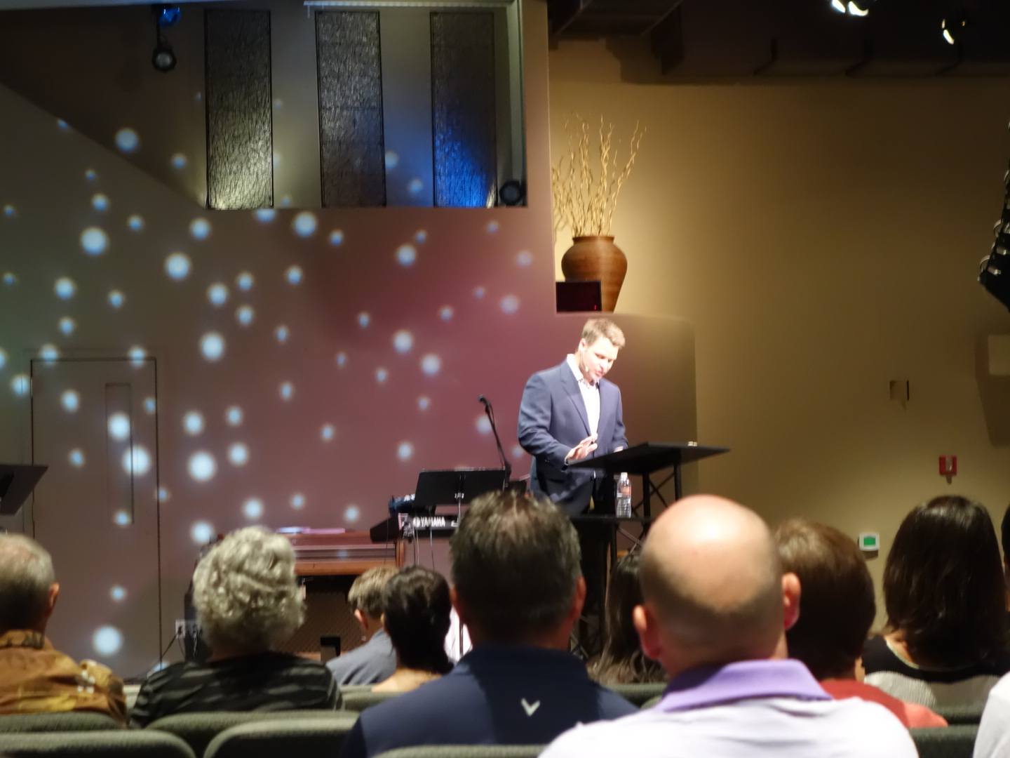 2015-8-30 Jason Hansen preaching at SG Gilbert