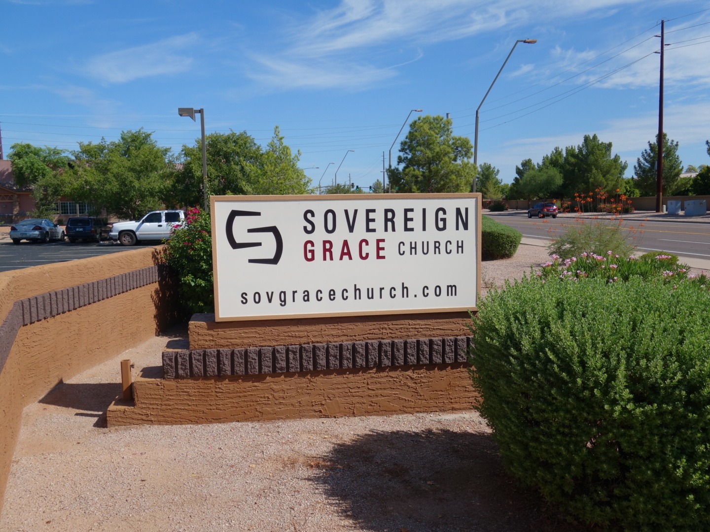 2015-8-30 Sov Grace Gilbert sign